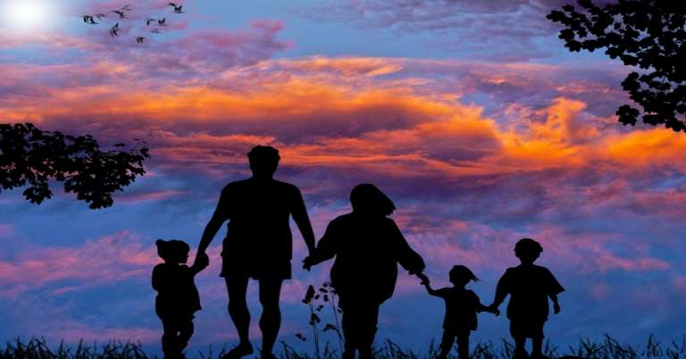 अपने बच्चों के साथ कैसे करें रिश्ता मजबूत