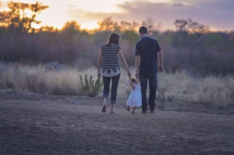 5 Good Parenting Tips बढ़ते बच्चों की बुरी आदतों पर कैसे काबू पाए