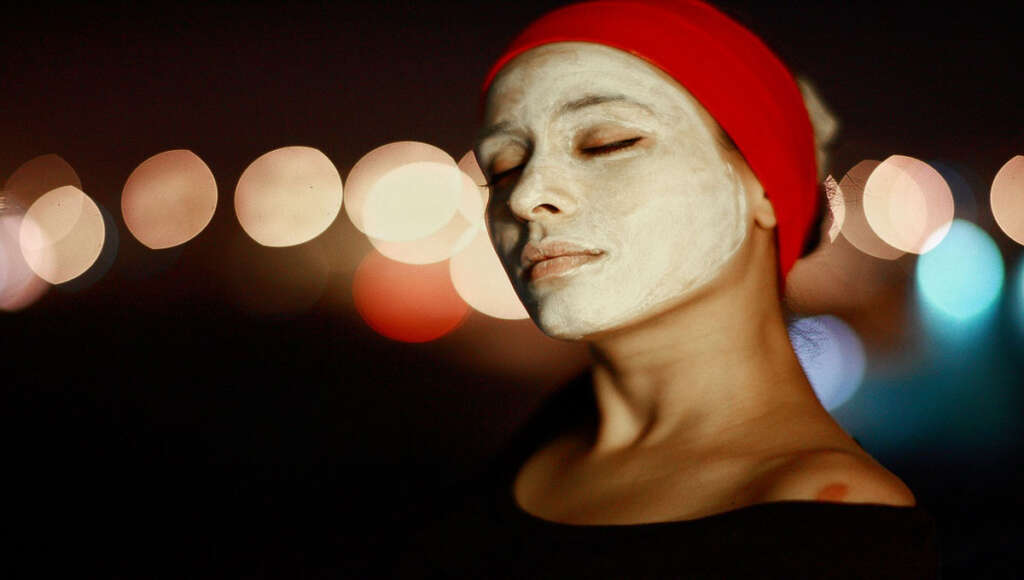 Skin Care Tips चंदन पाउडर से कीजिये त्वचा का रखरखाव